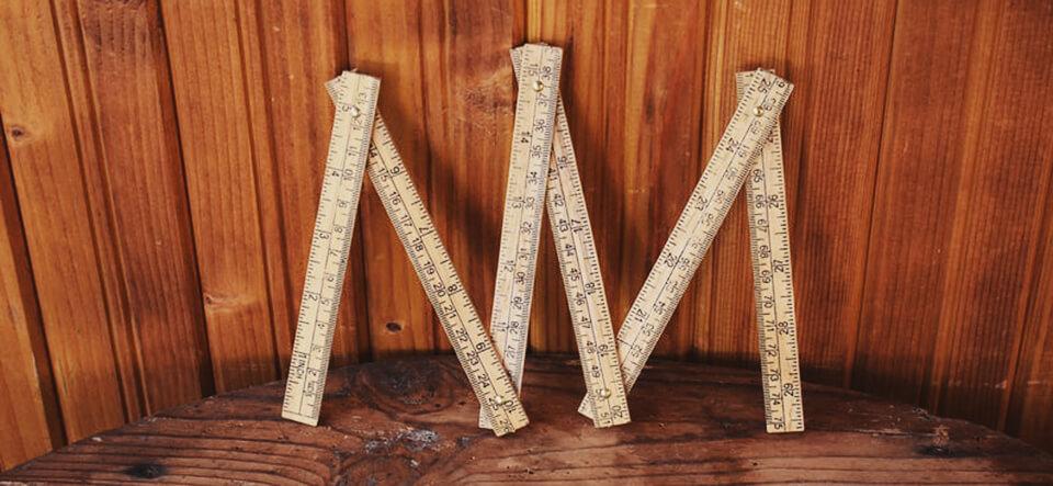 herramientas carpintería antiguas metro plegable madera