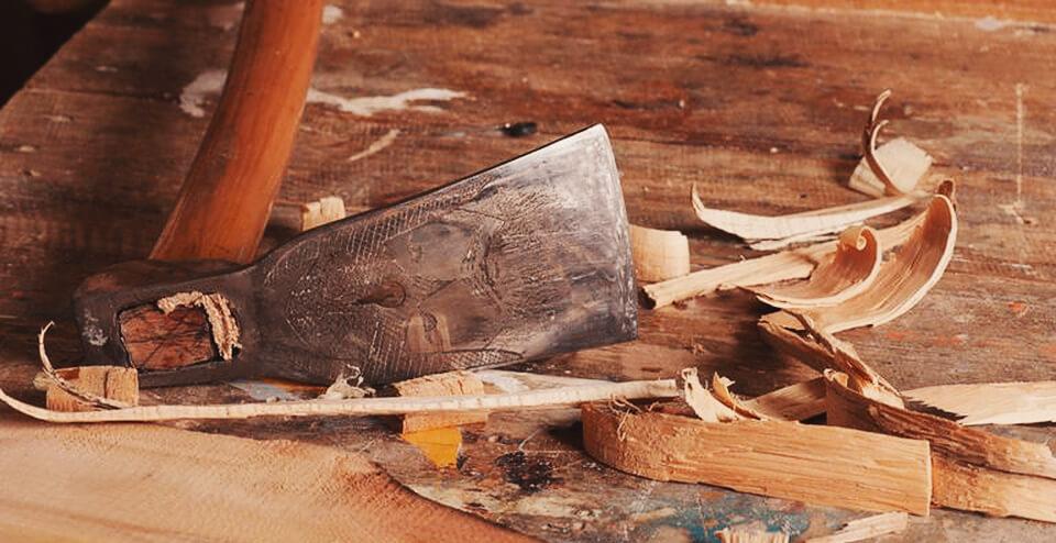 herramientas carpintería antiguas azuela