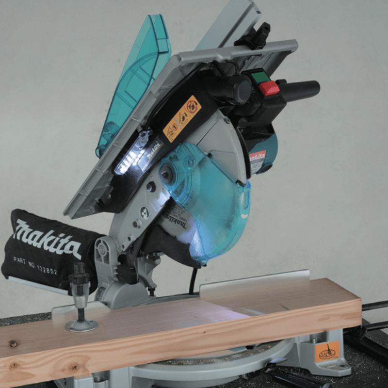 Ingletadora Makita LH1040F características